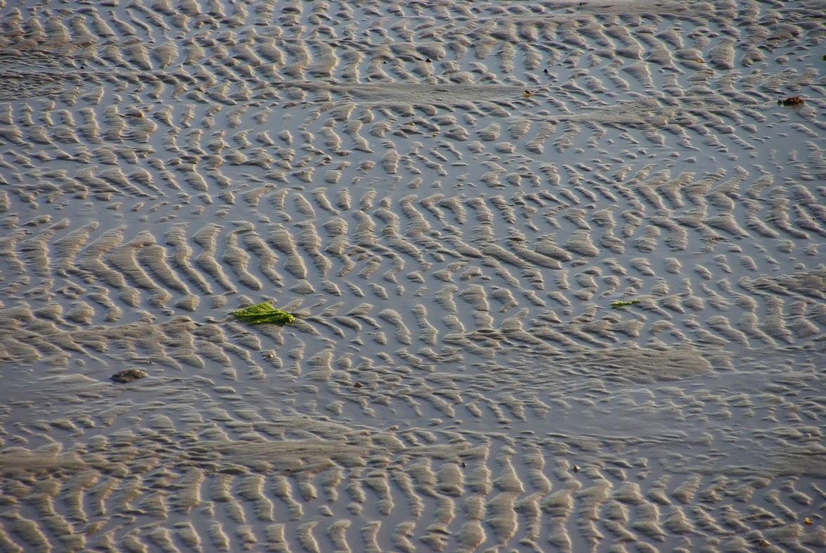Communication Finistère, traces sable littoral breton